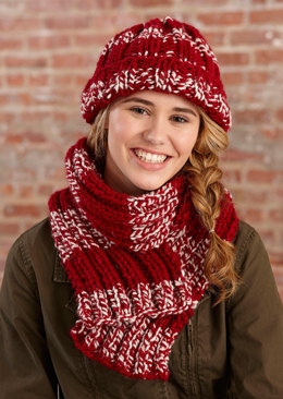 Simple Knit Crimson Hat and Scarf in Lion Brand Wool-Ease Thick & Quick - L30086