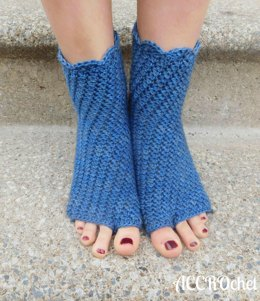 Dragonfly Yoga Socks & Bonus Pouch