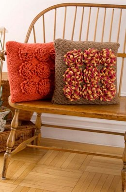 Dahlia Pillows in Red Heart Super Saver Economy Solids - LW3756
