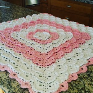 Fluffy Meringue Stitch Blanket In Patons Beehive Baby