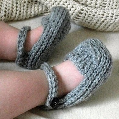 Knit-Look Crocheted Mary Janes