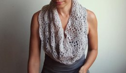 Infinity loop lace shell circle scarf