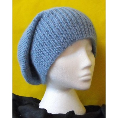 CHUNKY SLOUCH BEANIE KNITTING PATTERN