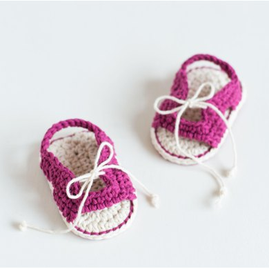Little Traveller Crochet Baby Booties