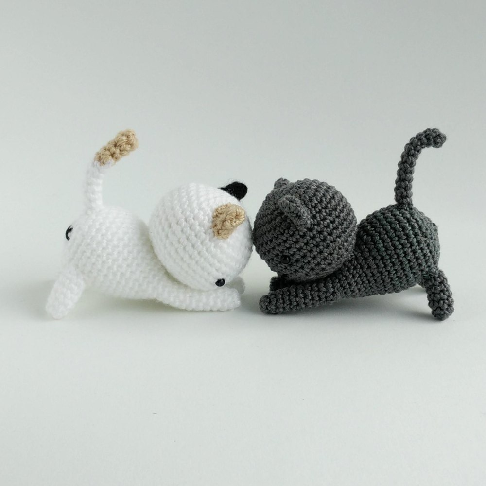 Playing Cats Crochet Amigurumi Pattern Crochet Pattern By Little Bear