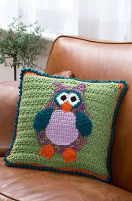 Whimsical Owl Pillow in Red Heart Super Saver Economy Solids - LW4003