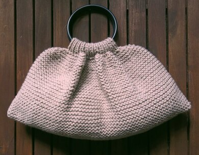 9a7384b6fbfa3e Chunky Garter Stitch Knitting Bag Knitting pattern by Audrey Wilson