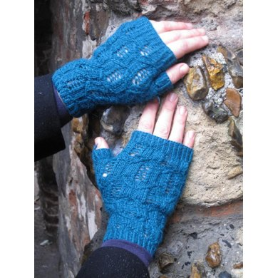 Tower Bridge Mitts
