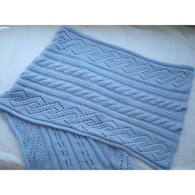 Cable and Lace Stole