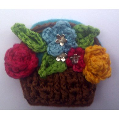 Basket of Flowers Retro Brooch