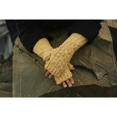 Sweetums Fingerless Mitts
