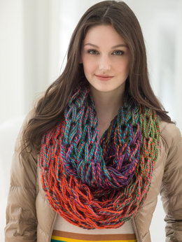 Arm Knit Cowl in Lion Brand Unique - L40326B