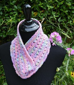 Mabou cowl (worsted weight)