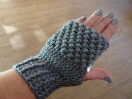 Puffy Cluster Stitch Fingerless Mittens