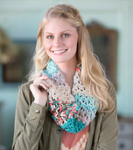 Uniquely You Retro Cowl in Red Heart Mixology Solids, Mixology Prints and Mixology Swirls - LW4911-4 - Downloadable PDF
