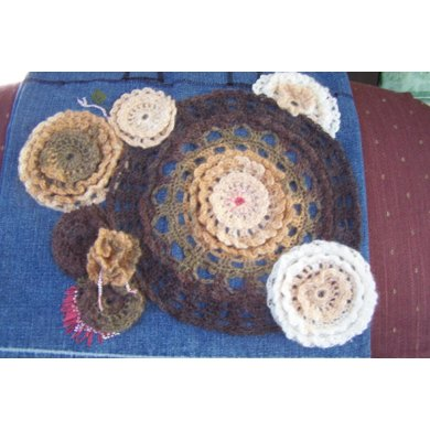 Ruffled Circles Applique Purse