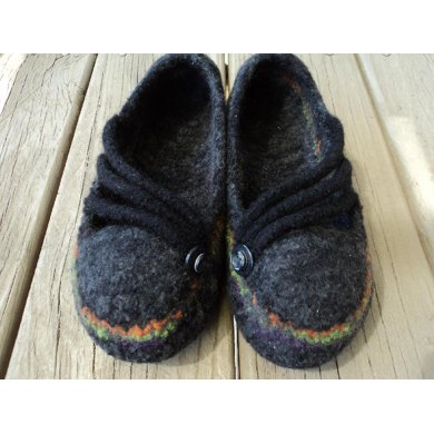 How to make your Summer Slipper Pattern into a Halloween Treat