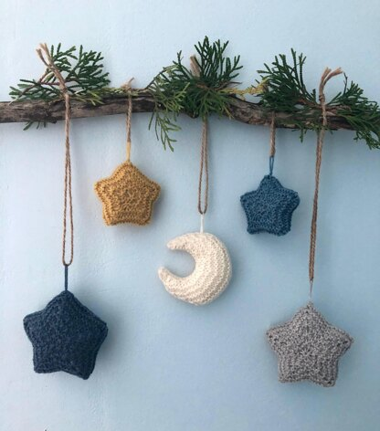 Knit Moon and Stars Christmas Ornament Pattern