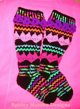 Plus Size Hearts and Posie Knee Socks