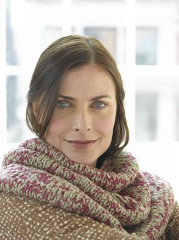Brighton Circle Cowl  in Lion Brand Cotton-Ease and Nature's Choice Organic Cotton - 81076AD