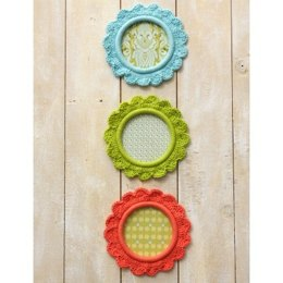 """Pretty as a Picture"" Frames in Lilly Sugar n'Cream Solids"