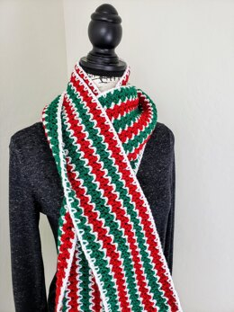 The Classic Christmas Scarf