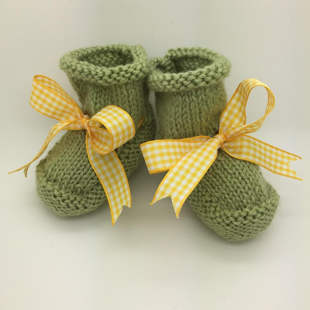 Knitting Pattern For Baby Wellies : Little Green Wellies Knitting pattern by SEAknitting
