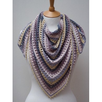 Thousand Kisses Shawl