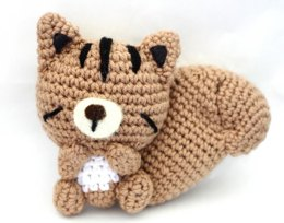 Sleepy Chipmunk Amigurumi