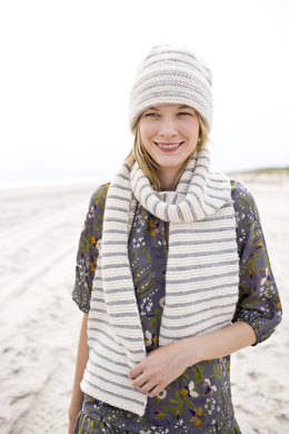 Hat and Scarf in Lion Brand Wool-Ease Thick & Quick - 90432AD