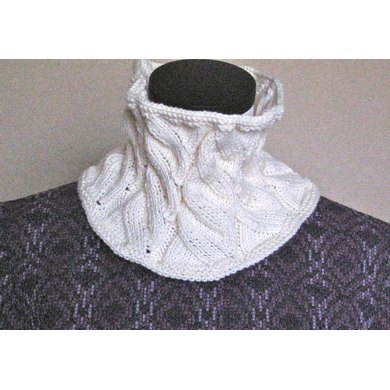 Not-A-Cabled Cowl