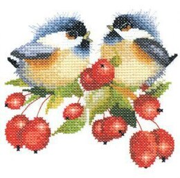Heritage Berry Chick-Chat, 14 count Aida Cross Stitch Kit - 11cm x 11.5cm