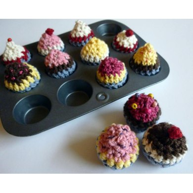 Crocheted Mini Cupcakes