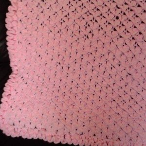 Crocodile Stitch Baby Blanket In Bernat Softee Baby Solids