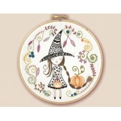 Un Chat Dans L'Aiguilles Tournenbourrique & her Magic Cauldron Embroidery Kit - 15