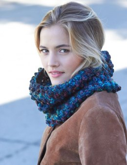 Faux Popcorn Cowl in Patons Colorwul - Downloadable PDF