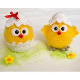 Easter chicken. Crochet chicks. Hatched chicken amigurumi. Chick in eggshell.  Easter project