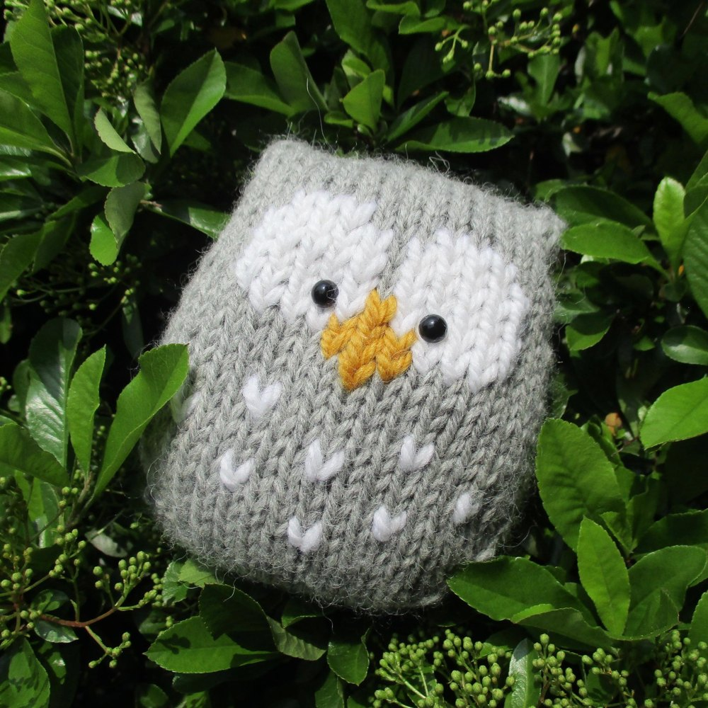 Stuffy Owl Knitting pattern by Amanda Berry