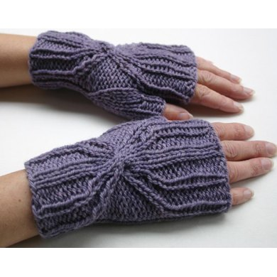 Interlaced Mitts
