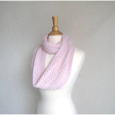 Featherweight Infinity Scarf