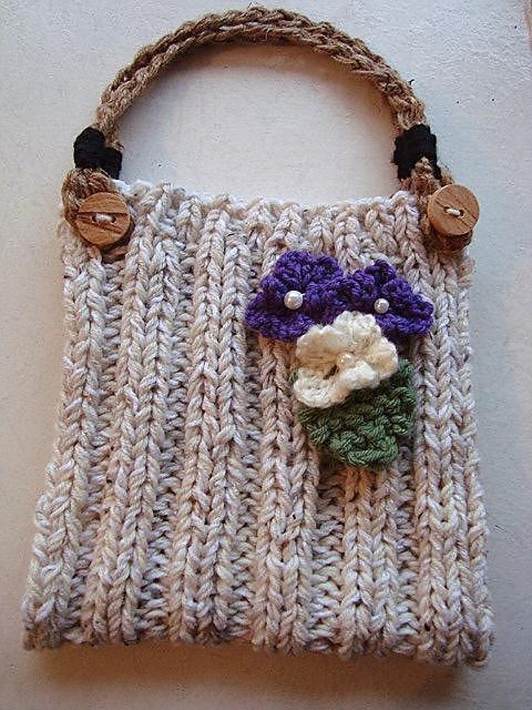 689p Knitted Purse Handbag Handles Flower And Leaf