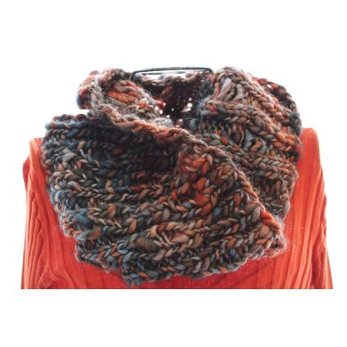 Stepping Stone Cowl