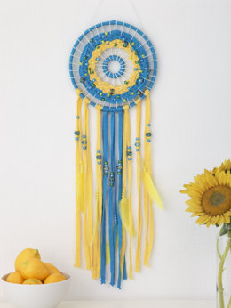 Cosmic Spiral Dreamcatcher in Lion Brand Fast-Track - L60262 - Downloadable PDF