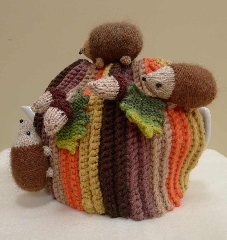 Hedgehogs and Acorns Tea Cosy Knitting Crochet pattern by ...