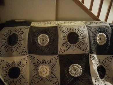 Victorian Sunflower Afghan Square