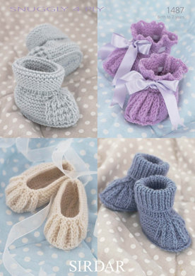 Booties in Snuggly 4 Ply - 1487