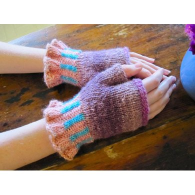 Elinor Fingerless Gloves