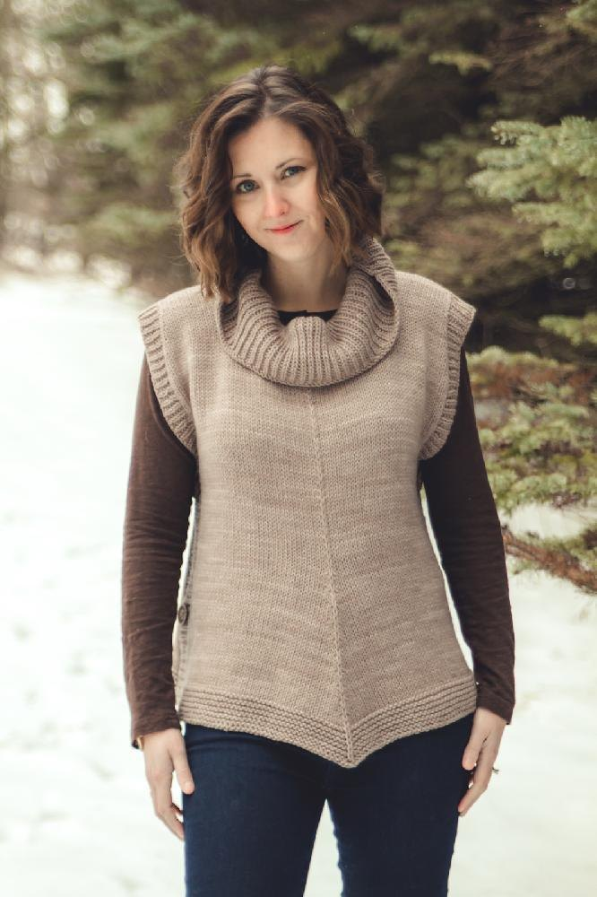 Driftless Knitting Pattern By Sara Gresbach