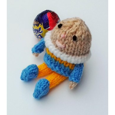 Humpty Dumpty Easter Creme Egg Cover Knitting Pattern By Needles
