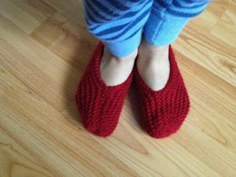 Easy Garter Stitch Booties for Everyone